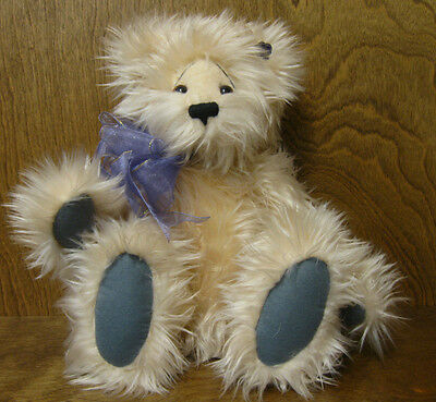 "Annette Funicello Bear Co #00052 PEACHBEARY FLUGG 15""  NEW from our Retail Store"
