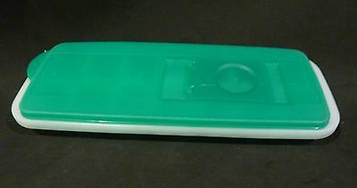 Tupperware COOL CUBES ICE CUBE MAKER, GREEN  LID