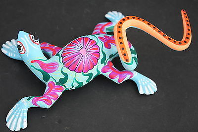 Mexican Lizard Animal Figure Sculpture Handpainted Woodcarving Alebrije Folk Art