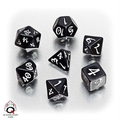 Q-workshop 7 Dice Set of Black & White Classic SCLE05