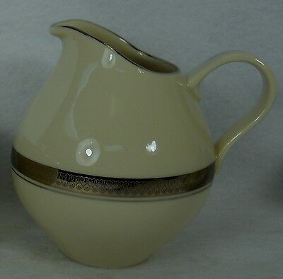 REYNOLDS china Shenango ROYAL BARONESS Platinum Creamer, Pitcher/Jug 4-1/2""