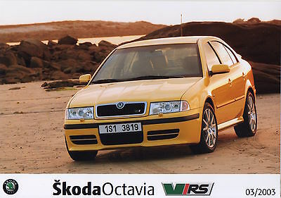 Skoda Octavia vRS Mk1 Press Photograph - 2003 - Yellow