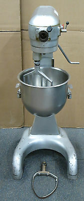 Hobart A200 20 Quart Floor Standing Dough/Bakery/Planetary Mixer + Extra Whisk