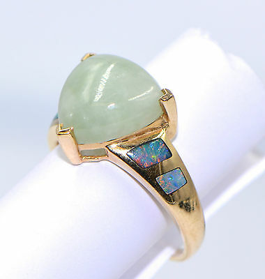Wonderful Unique JADE & OPAL Solid 14K Yellow Gold Ring Size 8.25