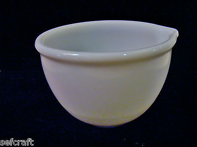 SUNBEAM MIXMASTER MILK GLASS MIXING BOWL with POUR SPOUT