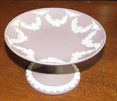 """Wedgwood Lilac Rams Head & Garland 6"""" compote EXC!"""