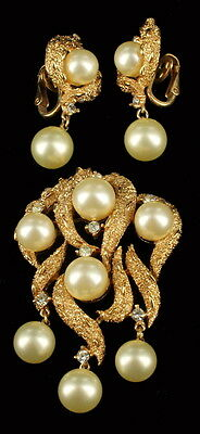 """Vintage Trifari Brushed Gold Tone Abstract Brutalist Pin & Dangle Earrings 2.5"""""""