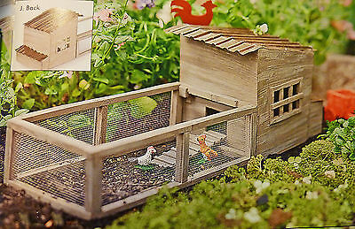 Dollhouse Miniature Fairy Garden Weathered Chicken Coop w/chickens