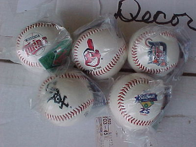 Sports Memoriabilia ALC,1997 4/1, opening day team logo baseballs, unopened,mint
