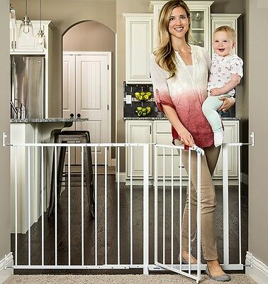 Regalo Maxi 59-Inch Super Wide Walk Thru Baby Gate in White Steel Frame, 1190