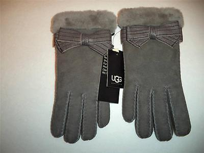 UGG SHEARLING Classic Shorty Fur Cuff Driving GLOVE,Large,Grey