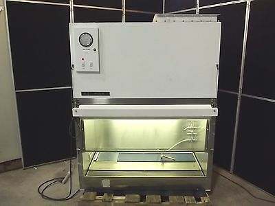 Bellco Glass Inc Lab Hood System 4' Safety Cabinet Blower & Lights Good! AA875