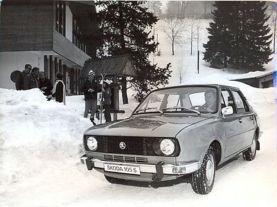 Skoda 105S in the snow original official large press photo