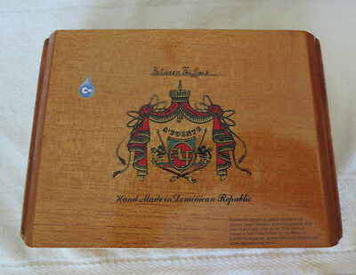 A. Fuente Between The Lines Wood Cigar Box - Nice - Beautiful!
