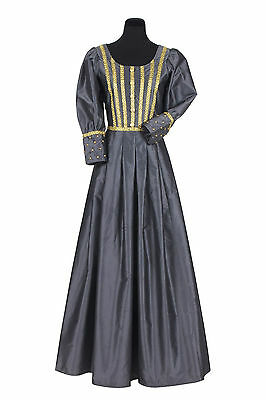 Period Dress - Middle Ages , also suited to a Lady Pirate