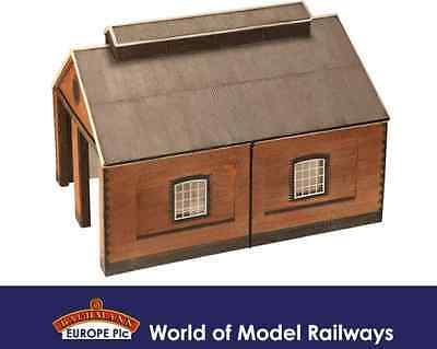 Bachmann 44-0001 Two Road Brick Engine Shed OO Gauge Building