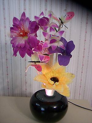 Vintage Fiber Optic Lamp With Flowers And (2) Extra Set Of Flowers