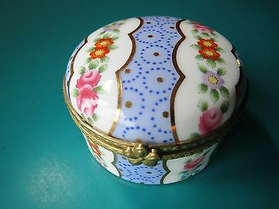 """2"""" ROSES TRINKET JEWELRY BOX limoges decal pill France? engagement ring flower"""