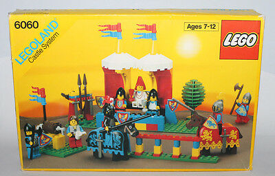 1989 Lego 6060 Crusaders  Knight's Challenge Incomplete & Box