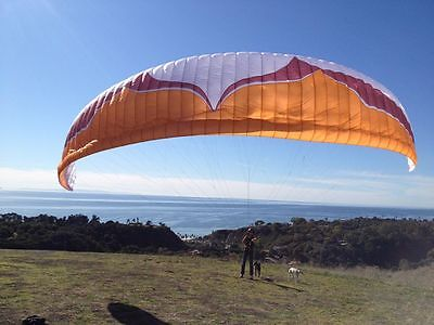 USED Ozone Swift in great condition, perfect for aspiring Paragliding pilots!