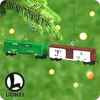 2000 Hallmark LIONEL HORSE CAR and MILK CAR  Miniature Set New
