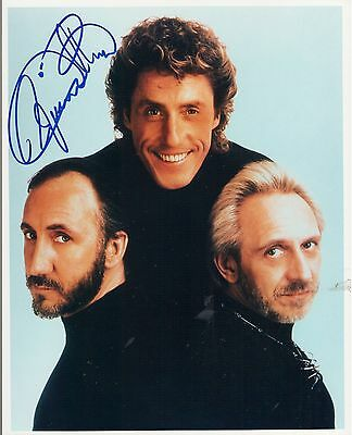 Roger Daltrey THE WHO autograph 8x10 photo - Group Pose