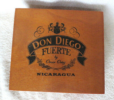 Don Diego Fuerte Corona Quality Wood Cigar Box - Nice!  - Beautiful !!!