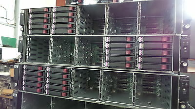 HP Storageworks D2700 Disk Array 25x SFF AJ941A + Rail Kit - INC 10 CADDIES