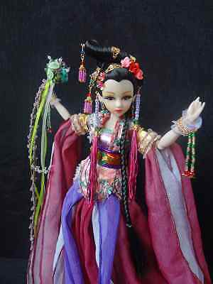 Chinese Costume Super Large Chest Joint Body Beauty Doll with Suit for Gifts