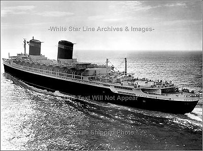 Poster Print: SS United States Heads Home After Sea Trials - June 10, 1952