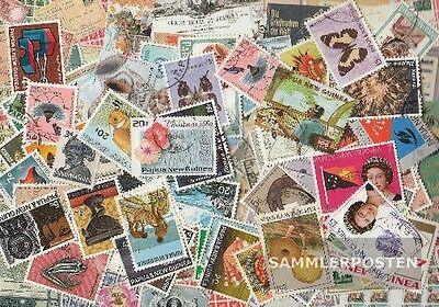 papua-Guinea 100 different stamps