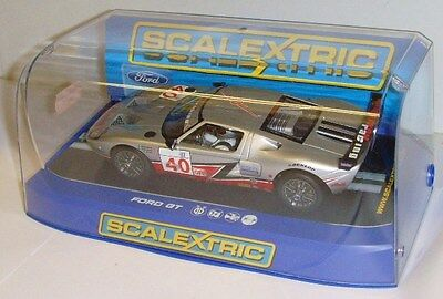Scalextric C3088 - Ford GT-R, Robertson Racing No.40 - New.