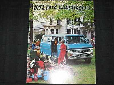 1972 Ford Club Wagons Catalog Sales Brochure CDN