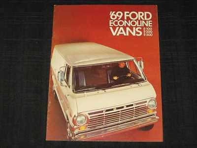 1969 Ford Econoline Vans Folder Sales Brochure CDN