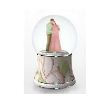 Twinkle Large  Musical Moves EXPECTANT MUM Mother To Be Water Ball Snow Globe