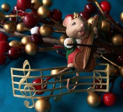"""HALLMARK Ornament 1993 """"Making Music"""" Cello Orchestra Playing Mouse"""