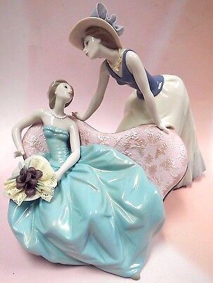 How Is The Party Going? Beautiful Elegant Women 2016 By Lladro Porcelain #9222