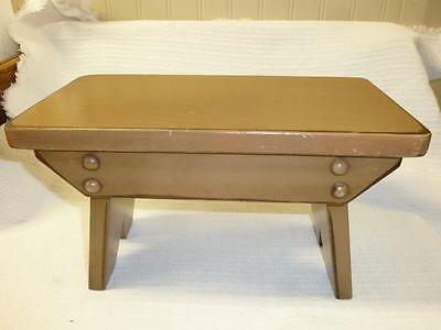 Vintage Handmade Wooden Footstool Lancaster Co PA AMISH Milking STOOL BENCH