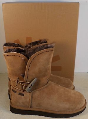 042ca77bb7d UGG 1008043 MEADOW Women's Chestnut Boots New In Box