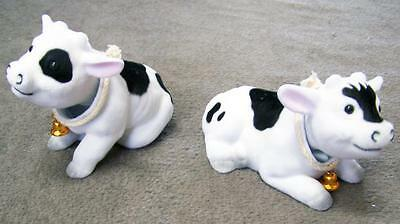 2 BOBBLE HEAD MOVING COWS novelty farm animal car dash toy cow bobbing novelties