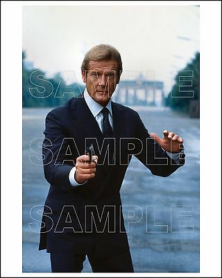 OCTOPUSSY 8X10 Photo 04 ROGER MOORE James Bond 007