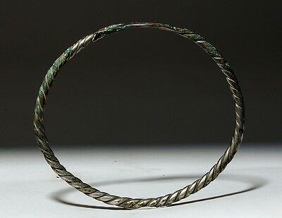 ARTEMIS GALLERY Ancient Viking Twisted Silver Torque