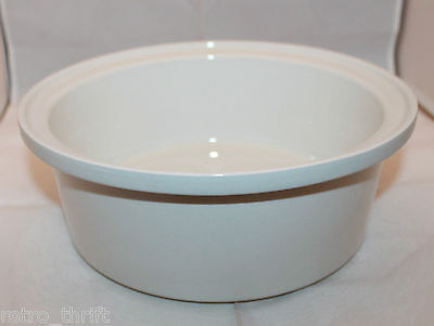 "Arabia Finland  Large White Round Casserole Oven Serving Bowl 9 3/4"" Wide AS-IS"