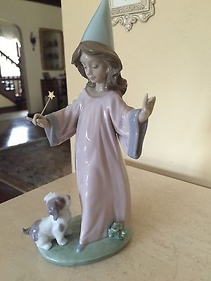 Lladro 6170 Under My Spell - MINT Condition - with Original Box!