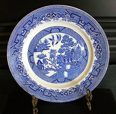 1930's Large 10 Inch Blue Willow Serving Plate Globe Pottery Co England Nice One