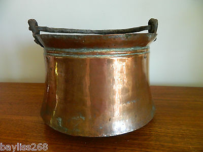 Stunning Large Vintage/Antique  Hand Beaten Copper Cauldron with Hanging Handle