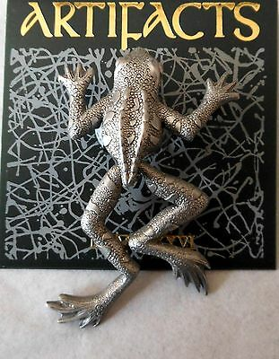 Tree Frog Pin Pewter Frogs Sign JJ Legs Moveable Frogger