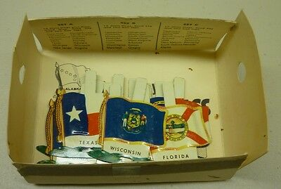 1959 Nabisco Shredded Wheat Full 16 Tin State Premium Flags Set A With Holder