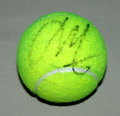 Original Canadian Milos Raonic Coupe Rogers 2013 Signed Tennis Ball