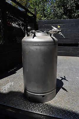 Stainless Steel Alloy Products 125 PSI 304 Stainless Steel Dipensing Vessel Tank